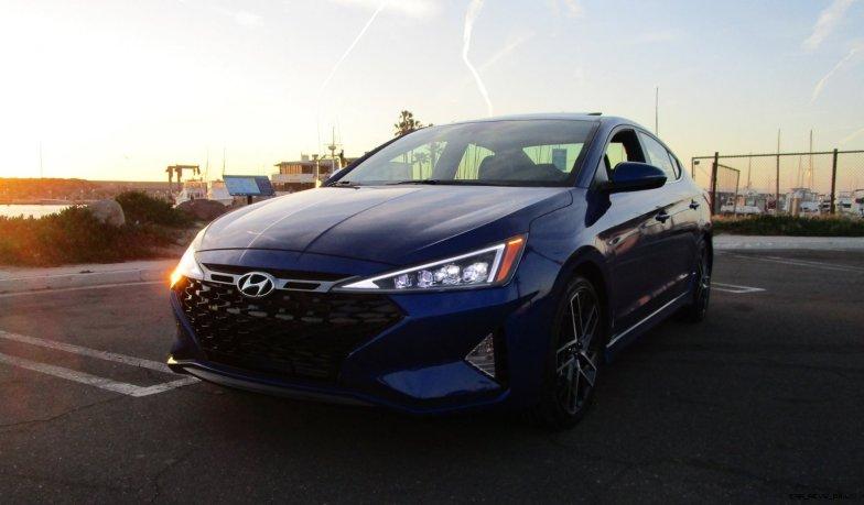 2019 Hyundai Elantra Sport 6MT 12