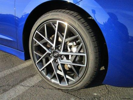 2019 Hyundai Elantra Sport 6MT 5