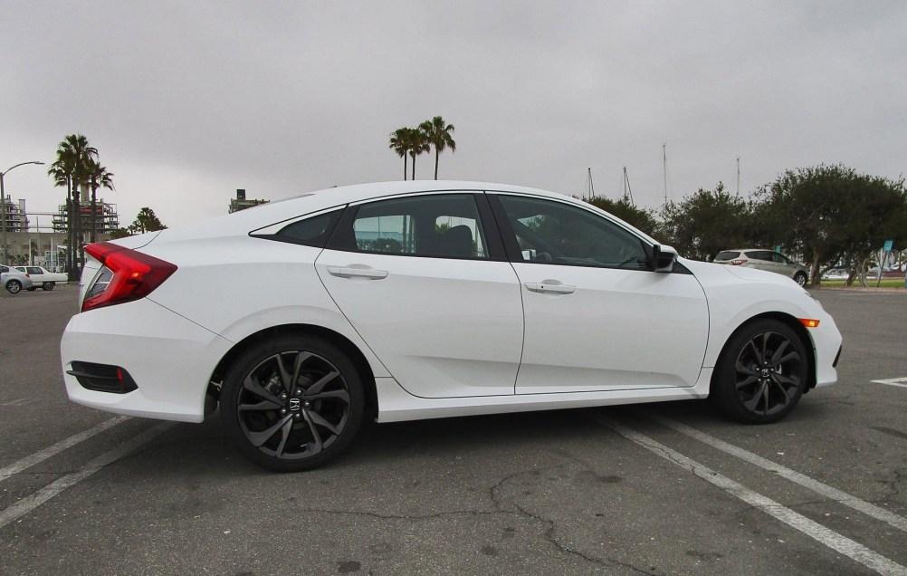 2019 Honda Civic Sport 4-Door 9
