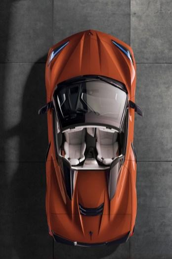 2020-Chevrolet-Corvette-Stingray-Convertible-007