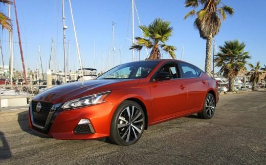 2020 Nissan Altima AWD (1)
