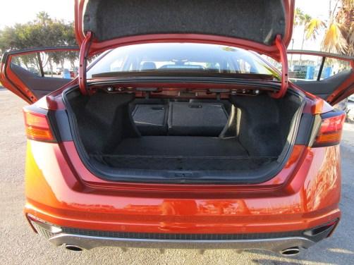2020 Nissan Altima AWD (18)