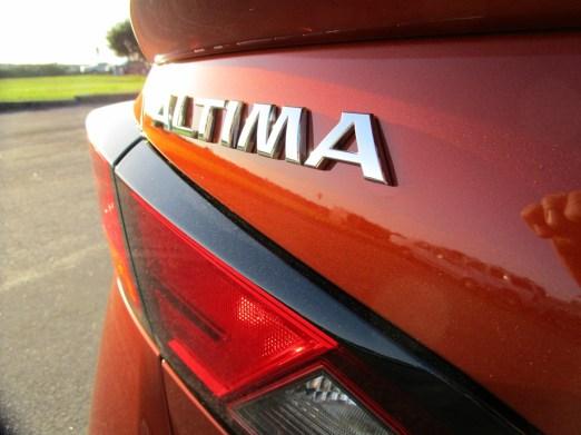 2020 Nissan Altima AWD (8)