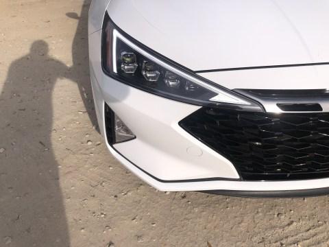 2019 Hyundai Elantra Sport (20)