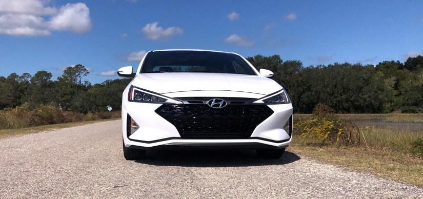 2019 Hyundai Elantra Sport (41)