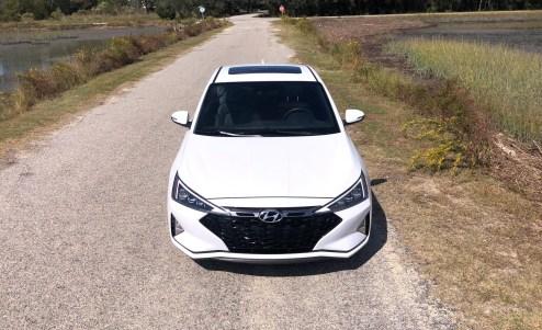 2019 Hyundai Elantra Sport (45)