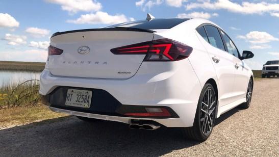 2019 Hyundai Elantra Sport (8)