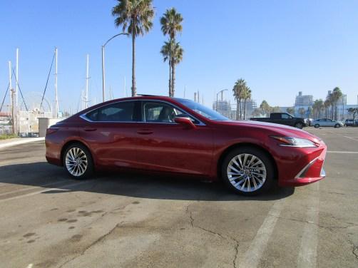 2019 Lexus ES350 Ultra Luxury Red (9)