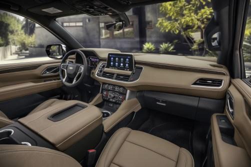 2021 Chevrolet Suburban-009