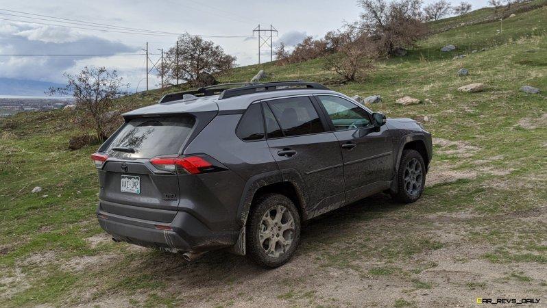 2020 RAV4 TRD Off-Road - Car-Revs-Daily.com Matt Barnes (15)