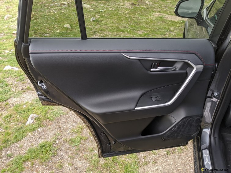2020 RAV4 TRD Off-Road - Car-Revs-Daily.com Matt Barnes (21)