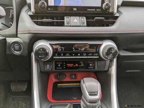 2020 RAV4 TRD Off-Road - Car-Revs-Daily.com Matt Barnes (40)