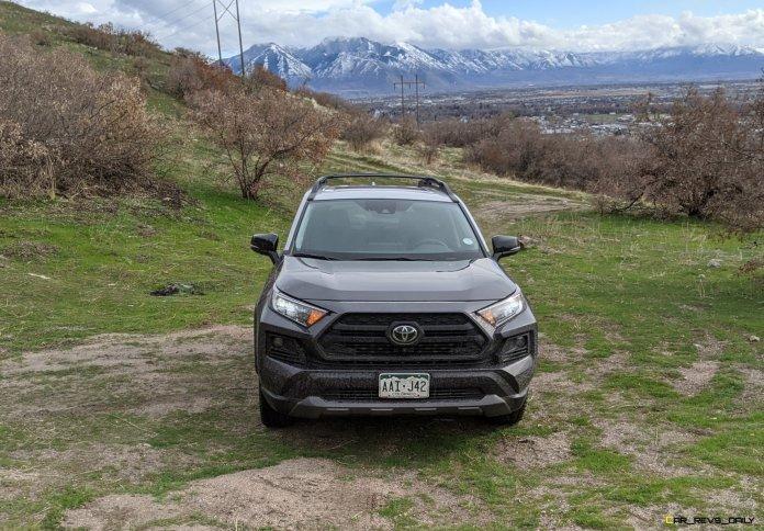 2020 RAV4 TRD Off-Road - Car-Revs-Daily.com Matt Barnes (9)