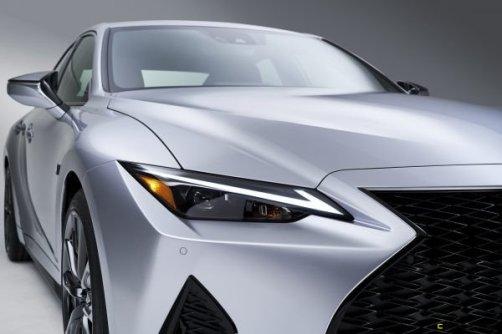 2021-Lexus-IS-F-SPORT-011-600x400