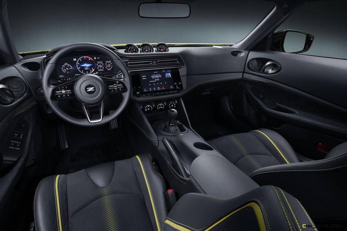 Nissan_Z_Proto_Interior_over view 03-1200x800
