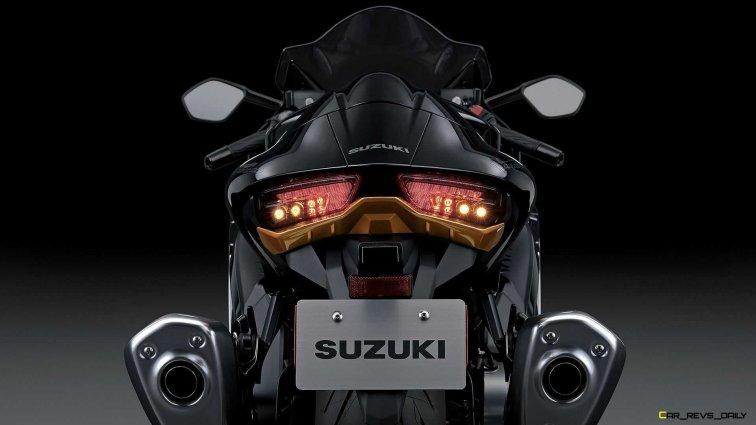 2022-suzuki-hayabusa-detail-taillight