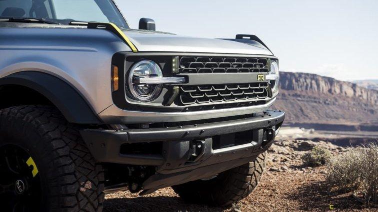 RTR-Vehicles-custom-Bronco-four-door-SUV_08