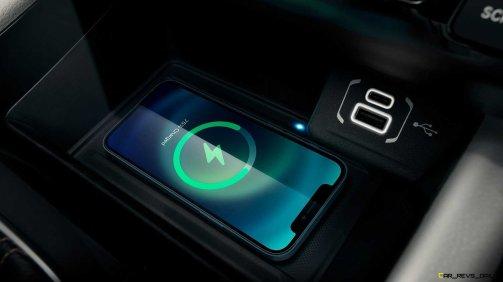 2022-jeep-compass-interior-console