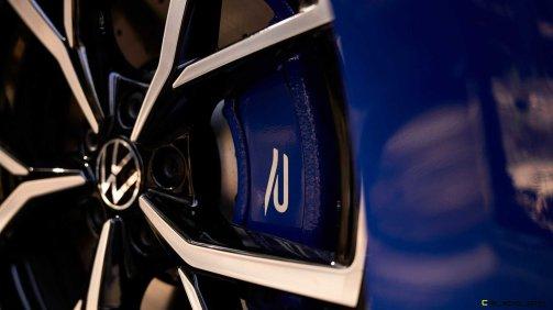 2022-volkswagen-golf-r-us-version-brake-caliper