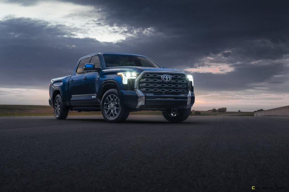 2022_Toyota_Tundra_Platinum_07-1500x1000