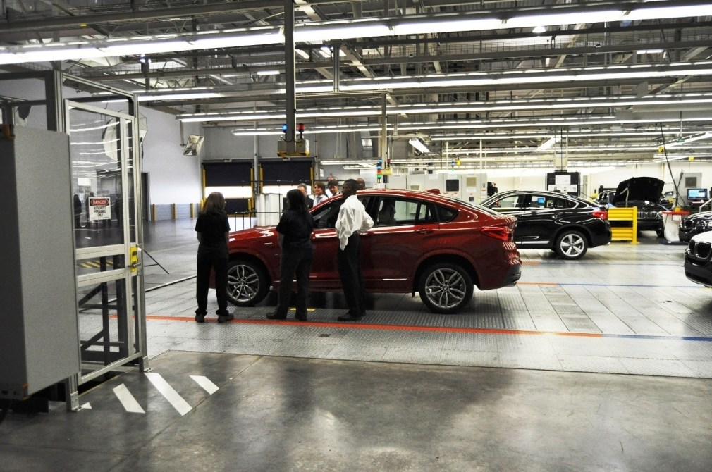 BMW X3 and X4 Factory Tour in 111 High-Res Photos -- Cool, Calm, and Quiet = Opposite of Most Auto Plants 104