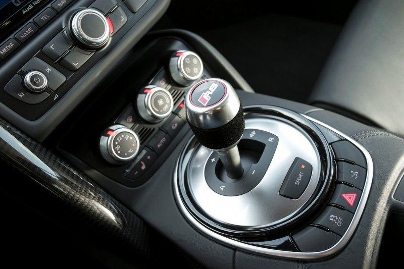 Car-Revs-Daily.com 2014 AUDI R8 V10 Plus in Sepang Matte Metallic Blue 26