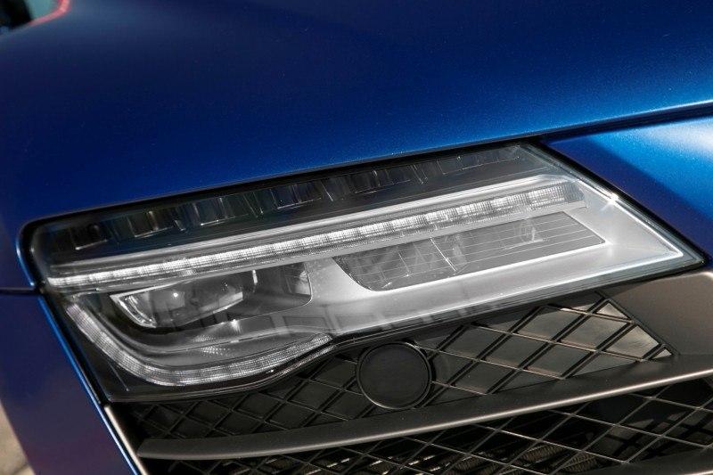Car-Revs-Daily.com 2014 AUDI R8 V10 Plus in Sepang Matte Metallic Blue 38