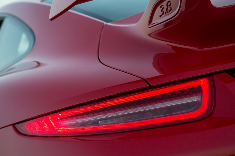 Car-Revs-Daily.com 2014 Porsche 911 GT3 is Race-Ready Street Car 17