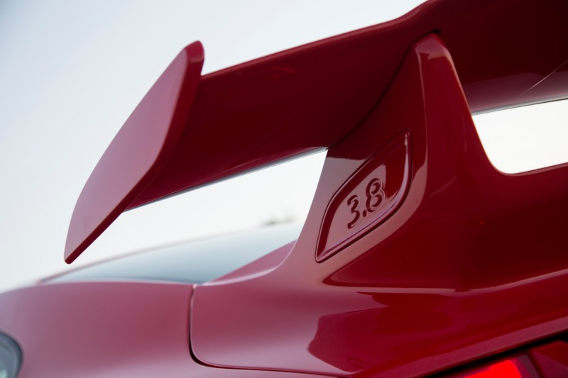 Car-Revs-Daily.com 2014 Porsche 911 GT3 is Race-Ready Street Car 18