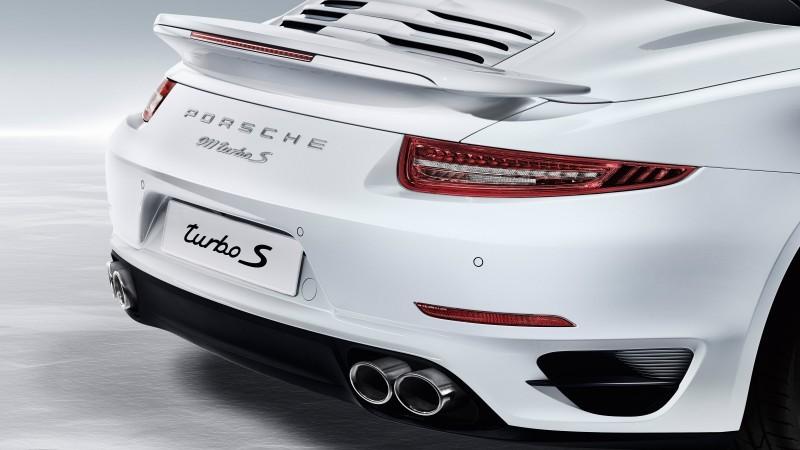 Car-Revs-Daily.com 2015 911 Turbo and Turbo S Cabrio 45