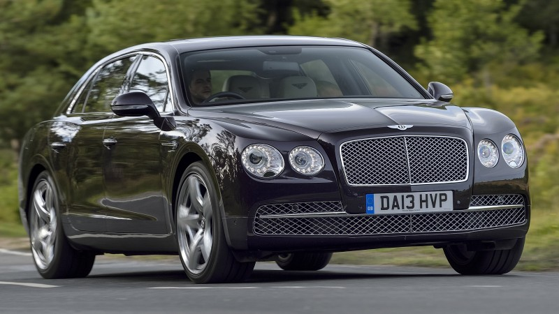 Car-Revs-Daily.com 2015 Bentley Flying Spur V8 Debuts in Moscow 5