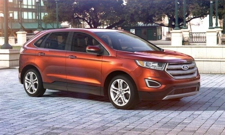 Car-Revs-Daily.com 2015 Ford Edge - BRONZE 30