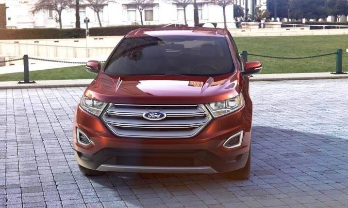Car-Revs-Daily.com 2015 Ford Edge - BRONZE 35