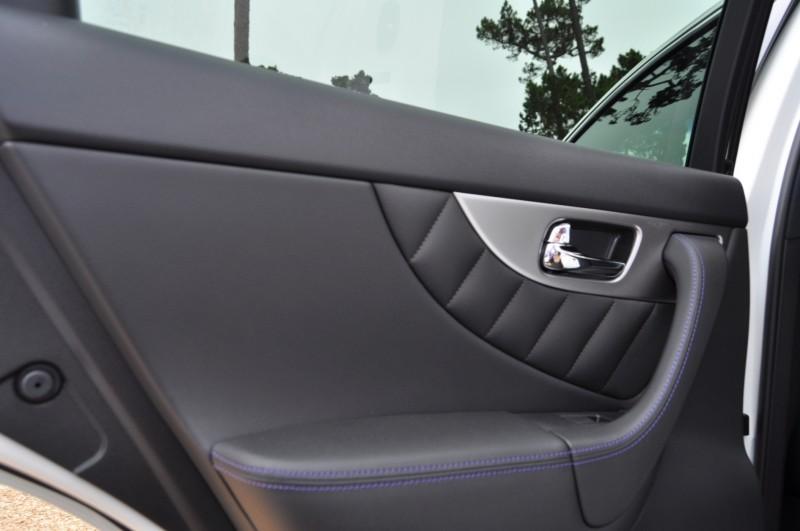 Car-Revs-Daily.com 2015 INFINITI QX70S 2