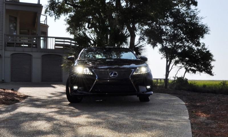 Car-Revs-Daily.com 2015 Lexus ES300h Review 35