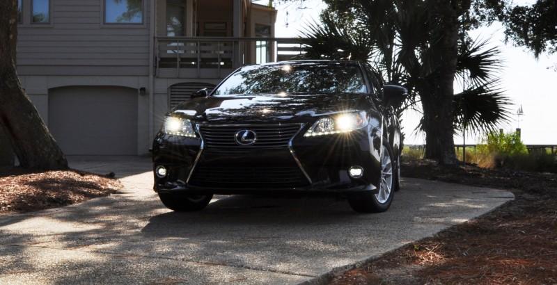 Car-Revs-Daily.com 2015 Lexus ES300h Review 36