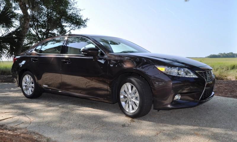 Car-Revs-Daily.com 2015 Lexus ES300h Review 47