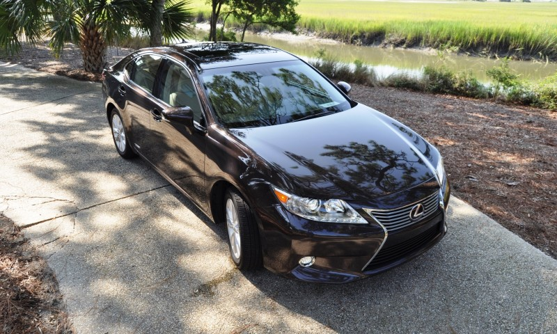Car-Revs-Daily.com 2015 Lexus ES300h Review 49