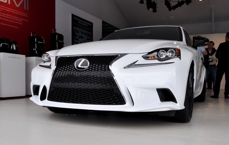 Car-Revs-Daily.com 2015 Lexus IS250 F Sport CRAFTED LINE 6