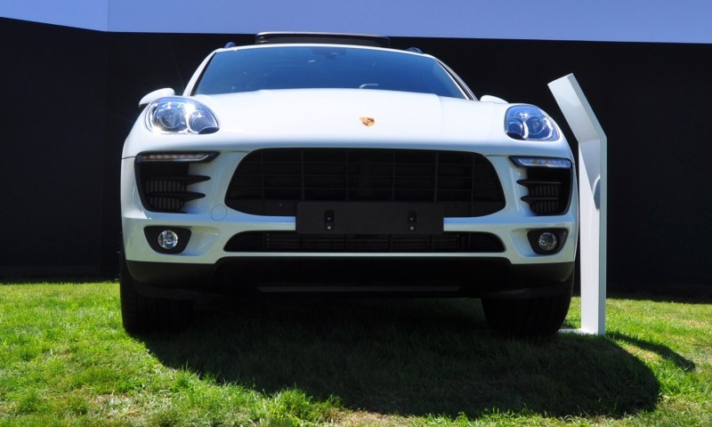 Car-Revs-Daily.com 2015 Porsche Macan S 20