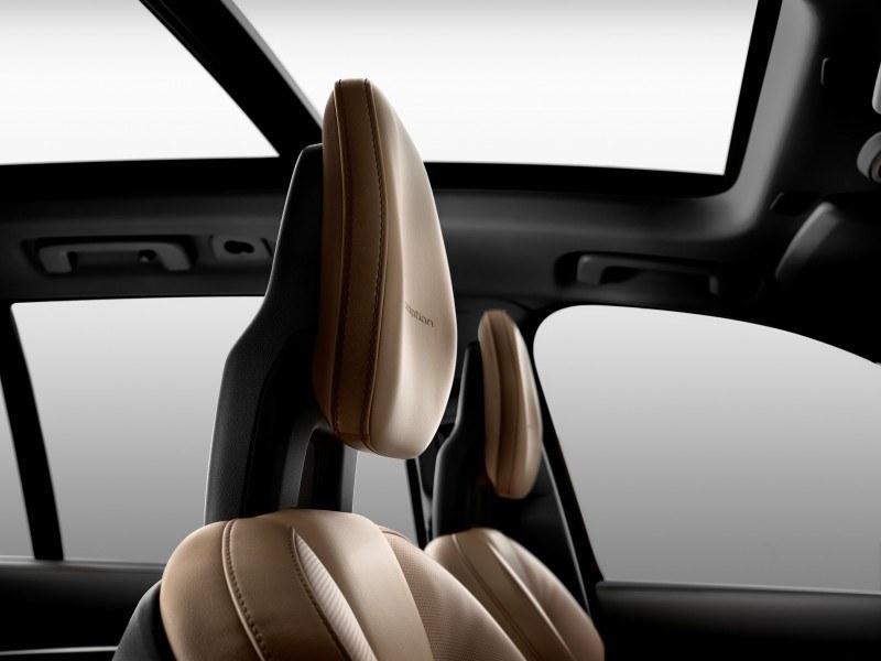 Car-Revs-Daily.com 2015 VOLVO XC90 World Premiere 39
