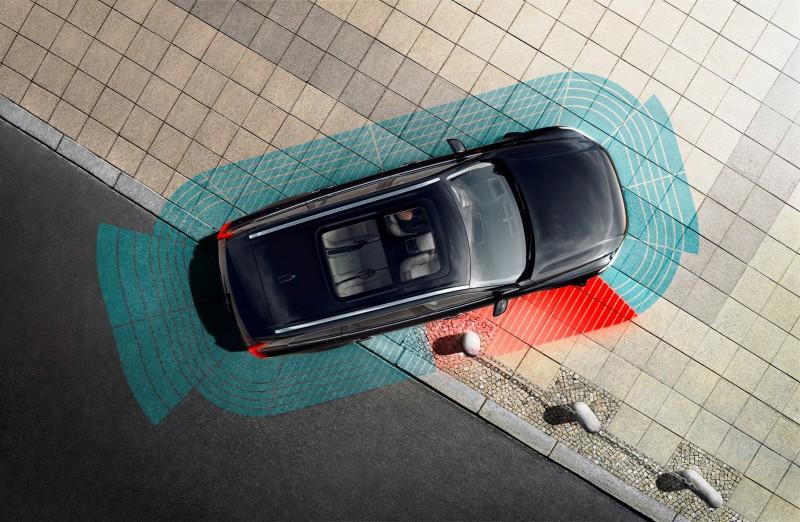 Car-Revs-Daily.com 2015 VOLVO XC90 World Premiere 49