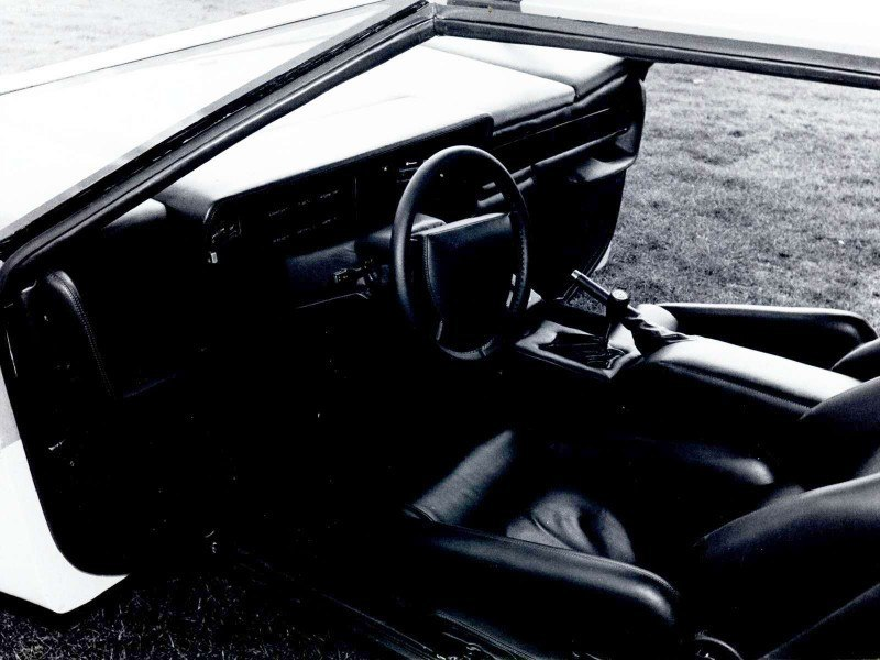 Car-Revs-Daily.com Concept Flashback - 1979 Aston Martin Bulldog vs 2014 Aston Martin DP-100 Vision GranTurismo 29