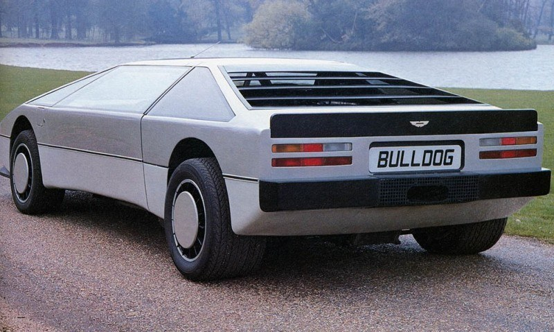 Car-Revs-Daily.com Concept Flashback - 1979 Aston Martin Bulldog vs 2014 Aston Martin DP-100 Vision GranTurismo 3