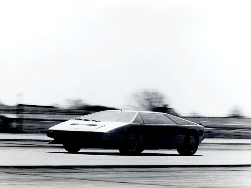 Car-Revs-Daily.com Concept Flashback - 1979 Aston Martin Bulldog vs 2014 Aston Martin DP-100 Vision GranTurismo 34