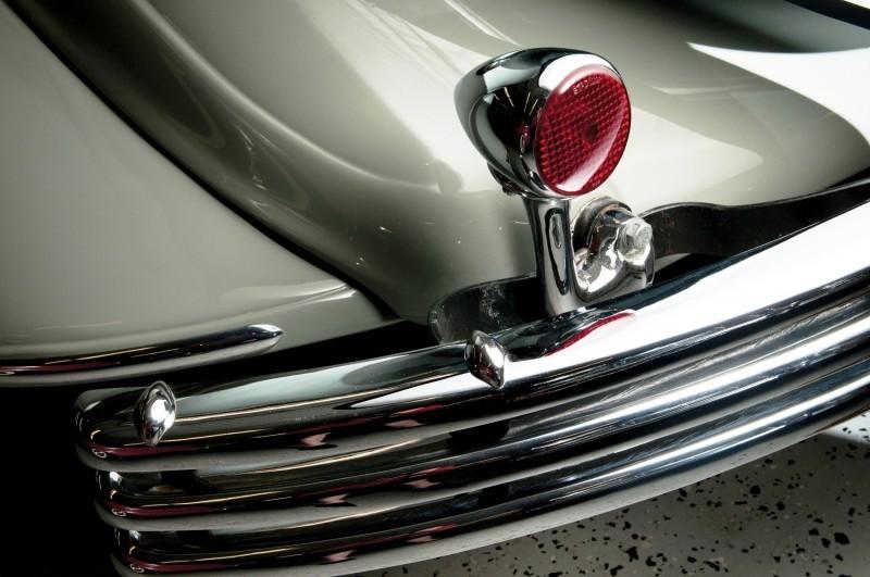 Car-Revs-Daily.com RM Auctions Motor City 2014 Preview - 1934 Chrysler Airflow Eight Sedan 11