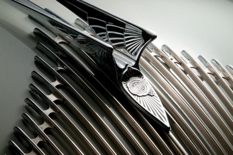 Car-Revs-Daily.com RM Auctions Motor City 2014 Preview - 1934 Chrysler Airflow Eight Sedan 6