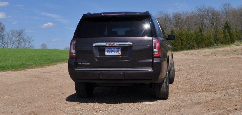 Car-Revs-Daily.com Reviews the 2015 GMC Yukon Denali 24