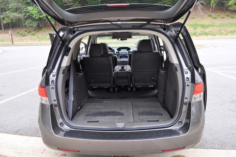 Car-Revs-Daily.com Road Test Review - 2014 Honda Odyssey Touring Elite 25