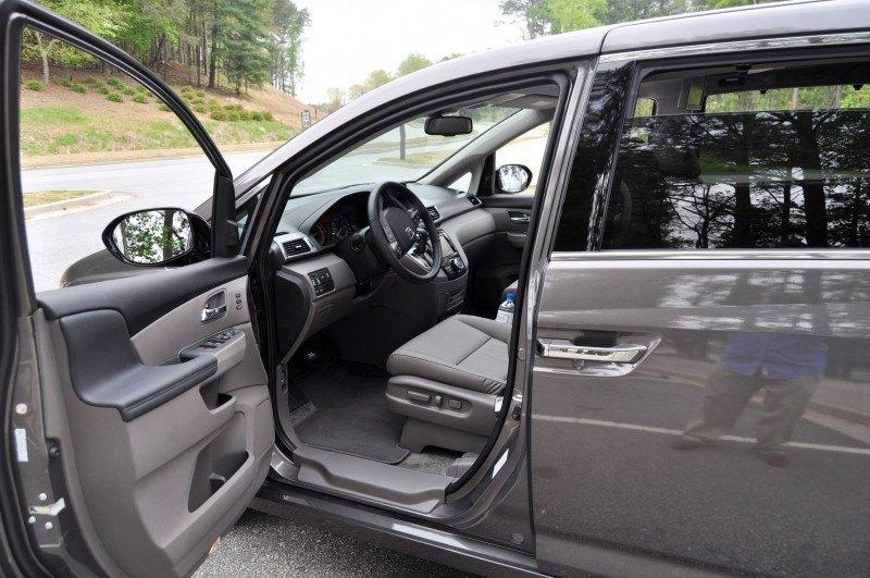 Car-Revs-Daily.com Road Test Review - 2014 Honda Odyssey Touring Elite 39